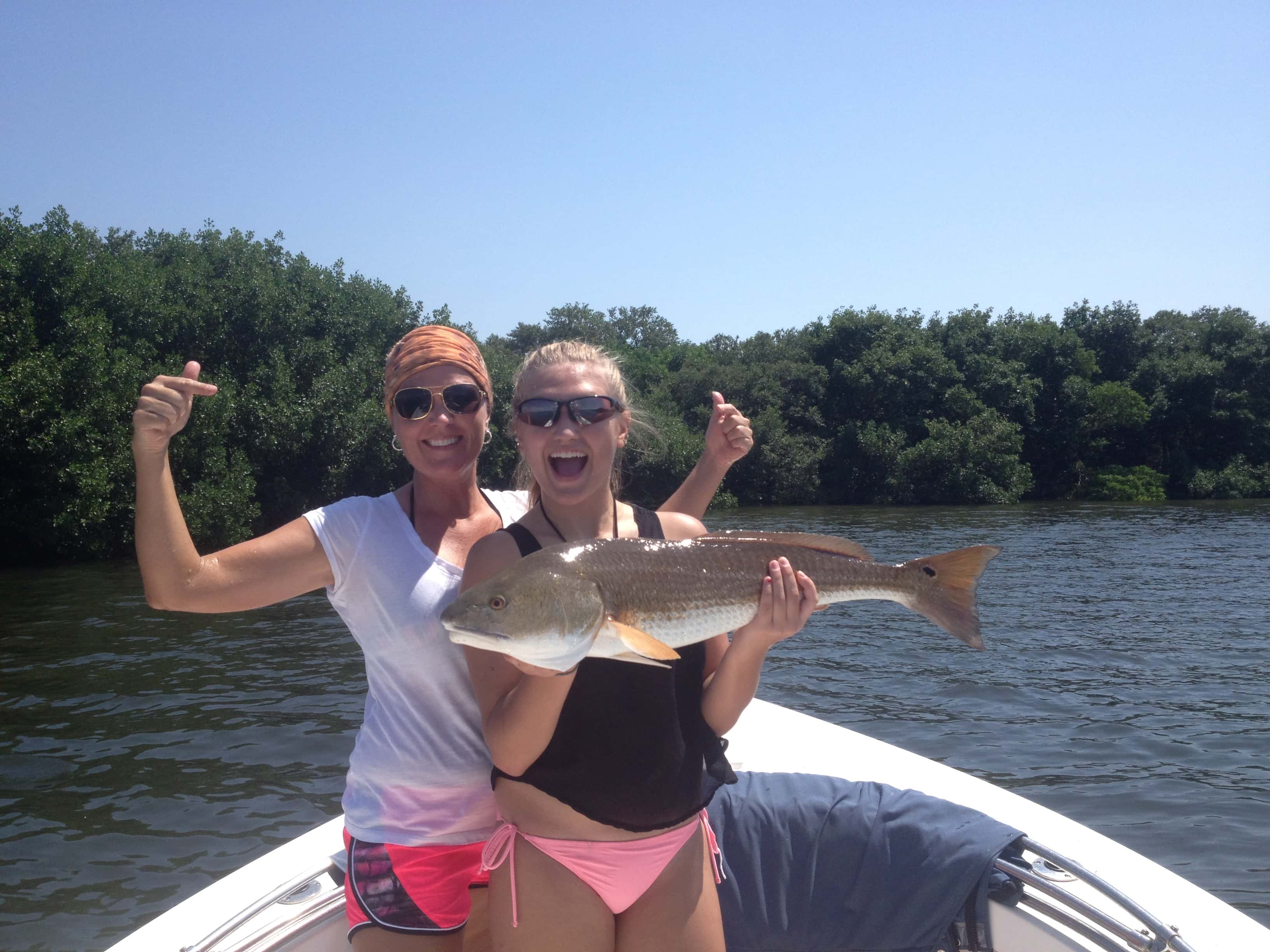 Girls can fish too this mother daughter combo are a hard for Fishing for girls